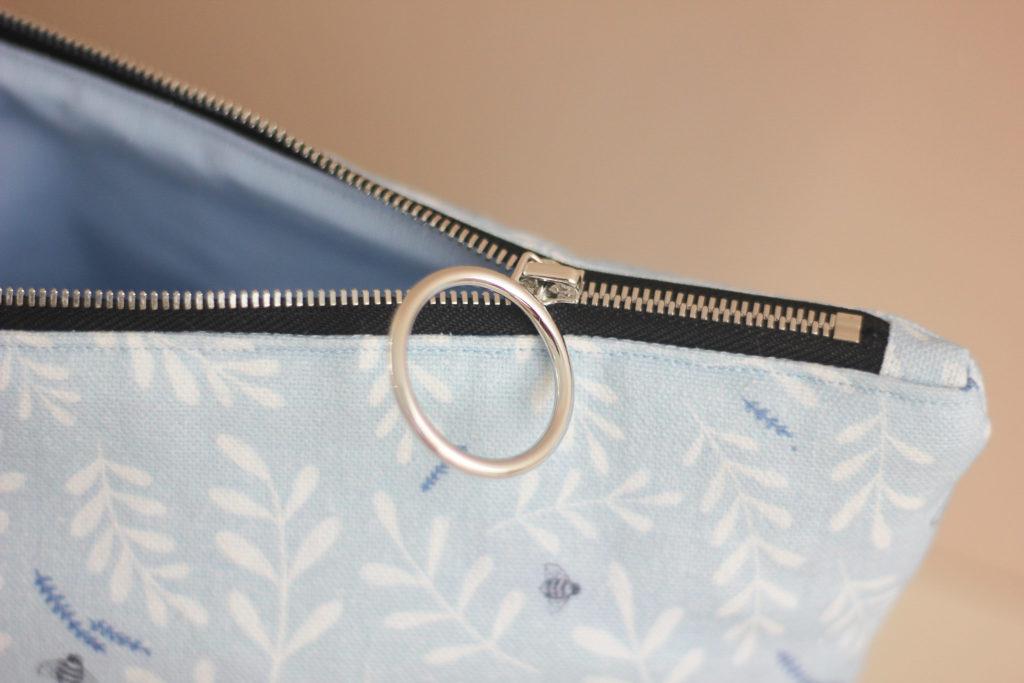 Kit de couture - Pochette zippée - sac à projet - Busy bee bleu - Lise Tailor