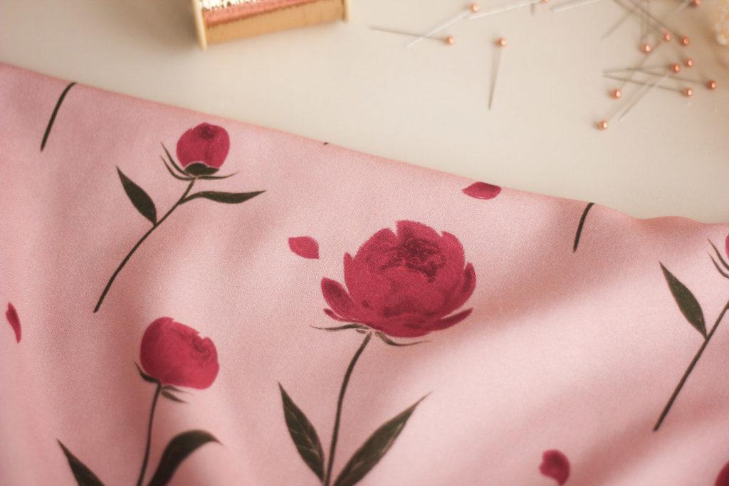 Tissu crêpe de viscose - Happy peony rose - Lise Tailor